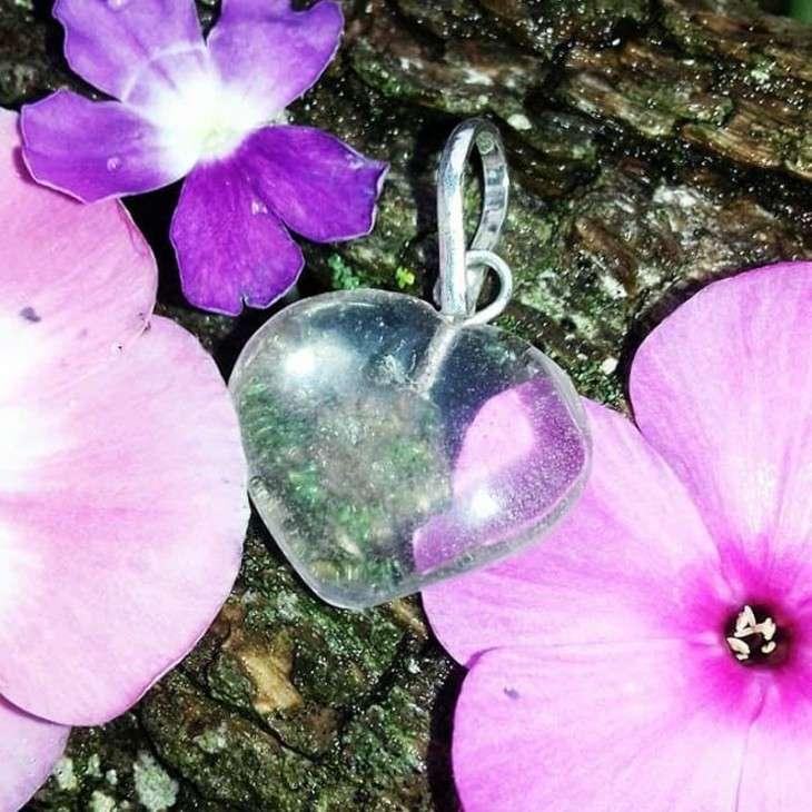 Pendentif cœur en cristal de roche